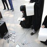 خبرنگارانی که پشت درهای بسته رنج می برند