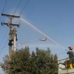 مدیرعامل شرکت توزیع نیروی برق اهواز خبر داد:شستشوی مقره های شبکه برق اهواز جهت افزایش ضریب پایداری شبکه برق