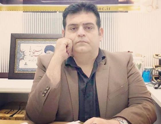بابک طهماسبی مدیر هلدینگ رسانه ای خبری خلیج فارس:مالکان لوله سازی خوزستان را به نشست حضوری در هلدینگ رسانه ای خبری خلیج فارس جهت مشخص شدن صحت و سقم ادعاهای مطروحه و نیز جلوگیری از جنجال بیشتر و ایجاد مودت و همدلی دعوت می نمایم