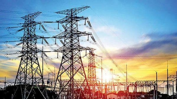 سرپرست شرکت توزیع نیروی برق اهواز عنوان کرد:موفقیت اهوازیها در عبور از پیک تابستان با همکاری همگانی در مصرف برق